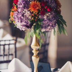 Flowers: Celia's Floral | Photography: Justin Yoder Studios